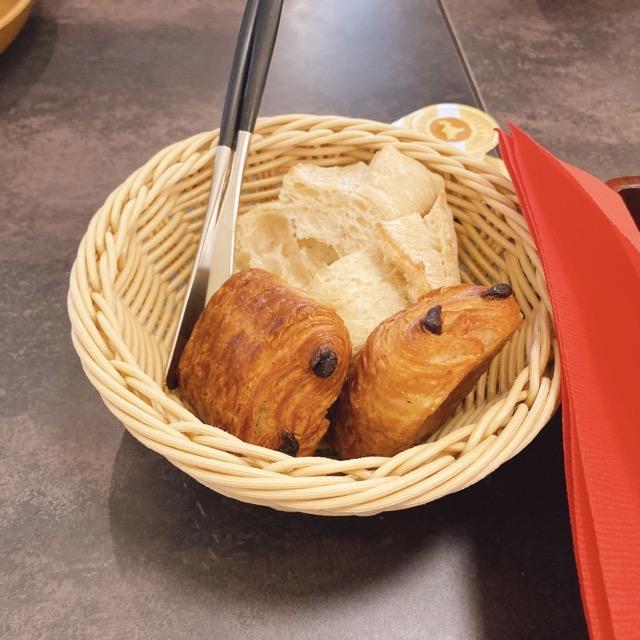 ピエナ神戸 パン